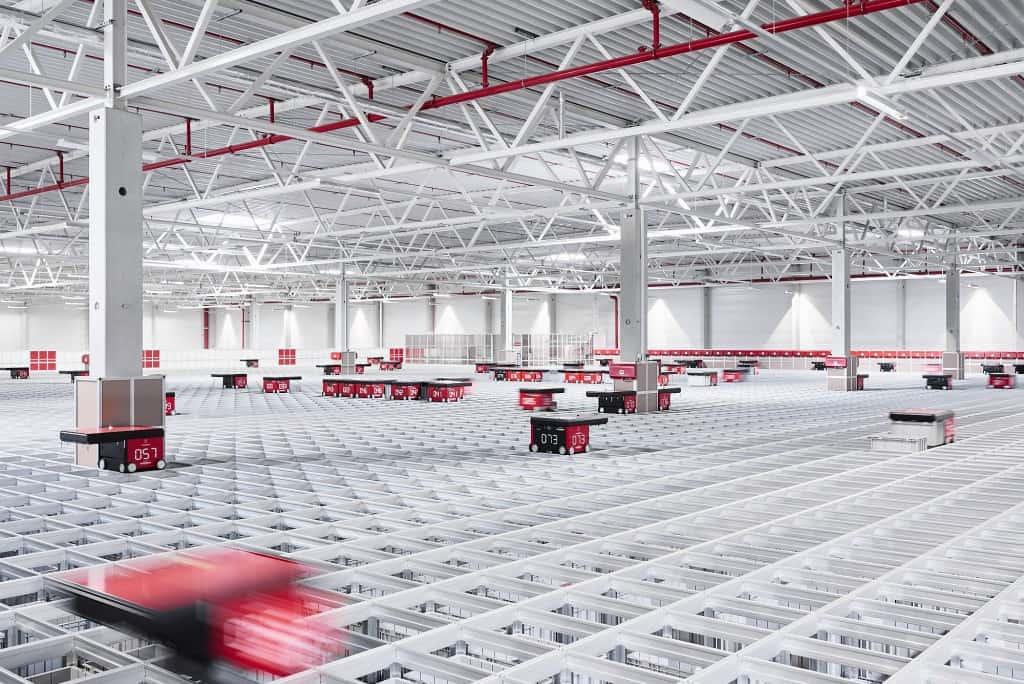 AutoStore Roboter im Logistikzentrum der Bergfreunde GmbH